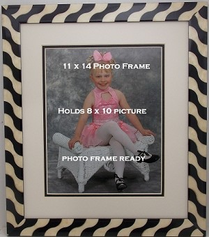 Black & White Wall Mount Photo Picture Frame 11x14 with Matting Hold 8x10 Photo